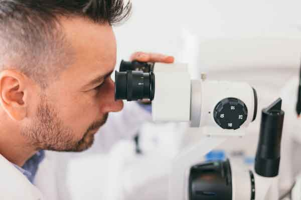 optica-microscop